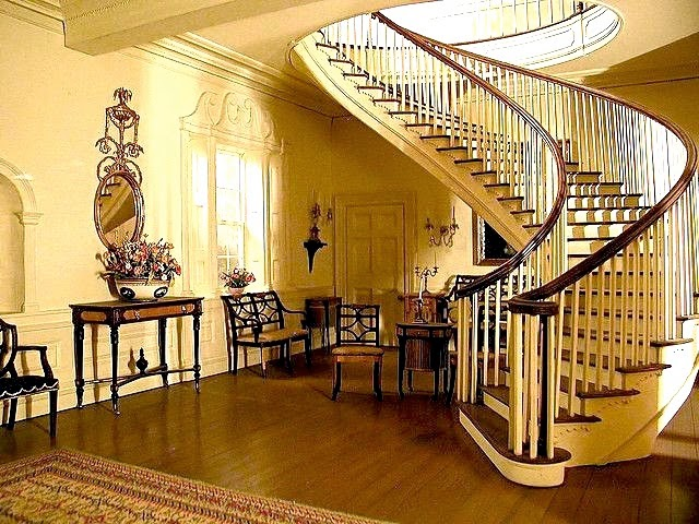 room-No. 5-montmorenci-stair-hall