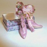 pink-knee-high-leather-dollhouse-boots-1/12th scale.