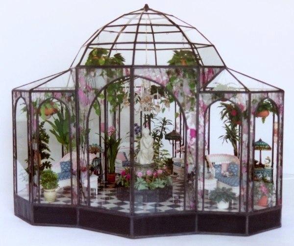 lady-Jane-glass-miniatures