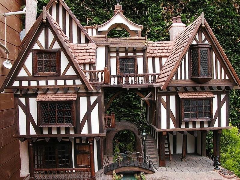 Tudor Dollhouse Exteriors Decorating
