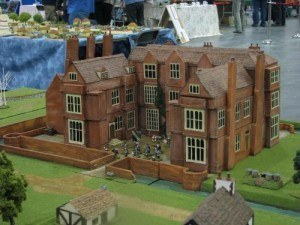 dollhouse-kentwell-hall-tudor-manor