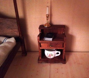 tudor-toilet-night stand-chamber-pot