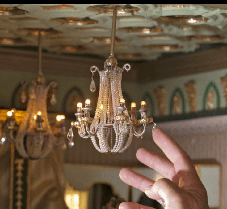 Dollhouse Chandelier Tutorial: World's Greatest Dolls House?