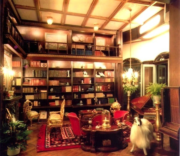 accessorizing-shelves-astolat-library