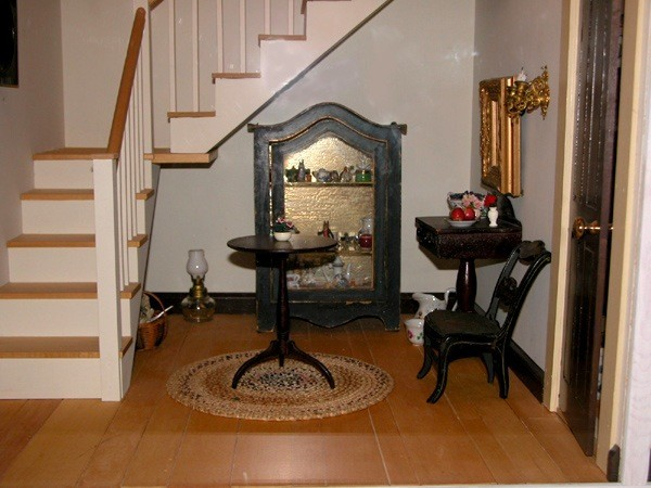 Foyer Curio Cabinet : Tasha tudor s dollhouse decorating