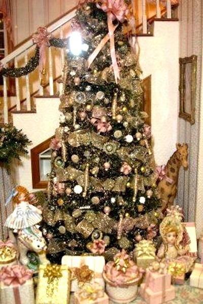 christams tree timeline brooke tucker - Dollhouse Christmas Decorations
