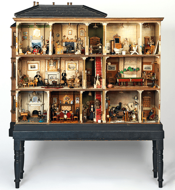 victorian-miss-myles-dollhouse