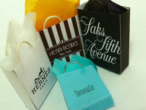 four-classy-new-york-shopping-bags