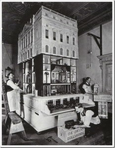 queen-mary-dolls-house-moving-day