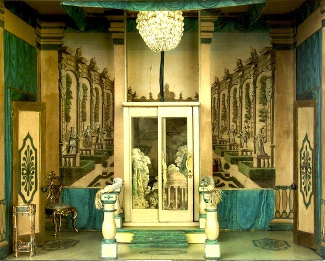 stettheimer-dollhouse-foyer-glass-elevator