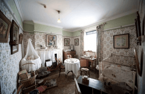 dollhouse-nursery-edwardian