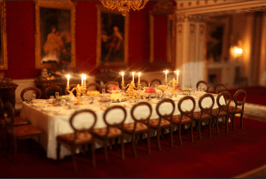 taiwan-museum-buckingham-palace-dining-room
