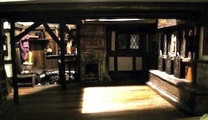 tudor-ale-house-upper-room