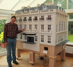 tim-hartnell-luxury-hotel-miniature