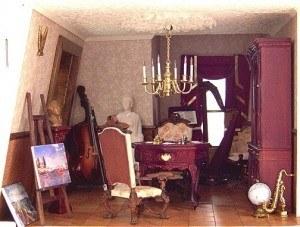 accessorizing-theme-purple-music-room