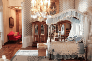 astolat-dollhouse-castle-bedroom