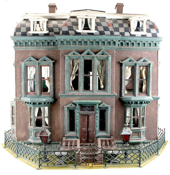 flora-gill-jacobs-jersey-dollhouse