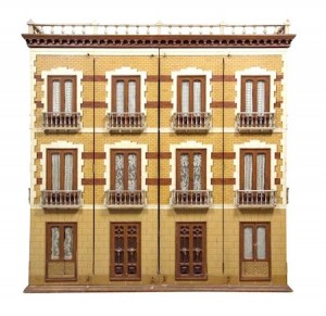 spanish-mansion-dollhouse-facade