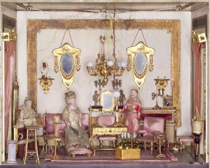 spanish-mansion-dollhouse-sitting-room