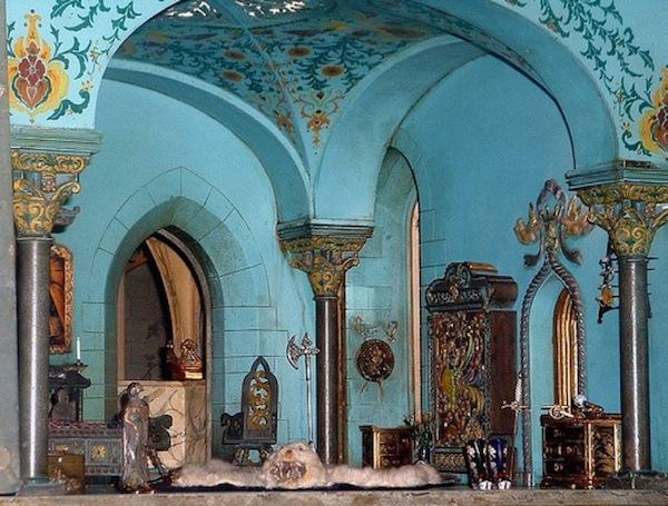 colleen-moore-fairy-castle-princes-bedroom