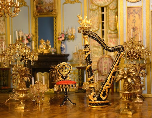 bmontout-mini-monde-louis-xiv-music-room