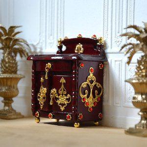 montout-mini-monde-small-dresser