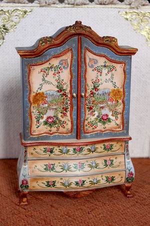 Features Of Victorian Furniture