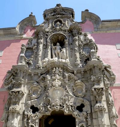 baroque-spanish-entranceway