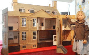 Blog-bourton-dolls-house-2