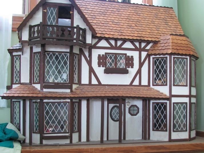 Making Tudor Windows Dollhouse Decorating